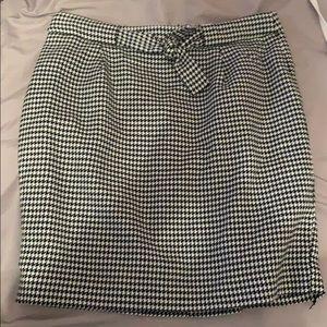 Black & white loft skirt